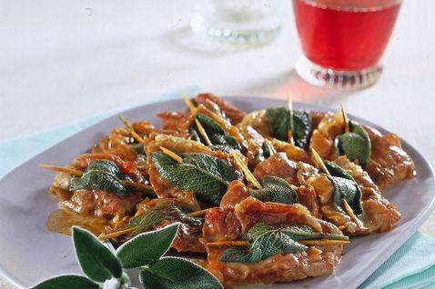 Italian-Food-Tour-in-Hanoi5410933fcd5aab3bada8
